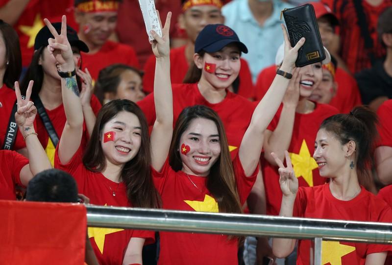 Thắng đậm Lào, Việt Nam khởi đầu mỹ mãn tại AFF Cup 2018 - ảnh 17