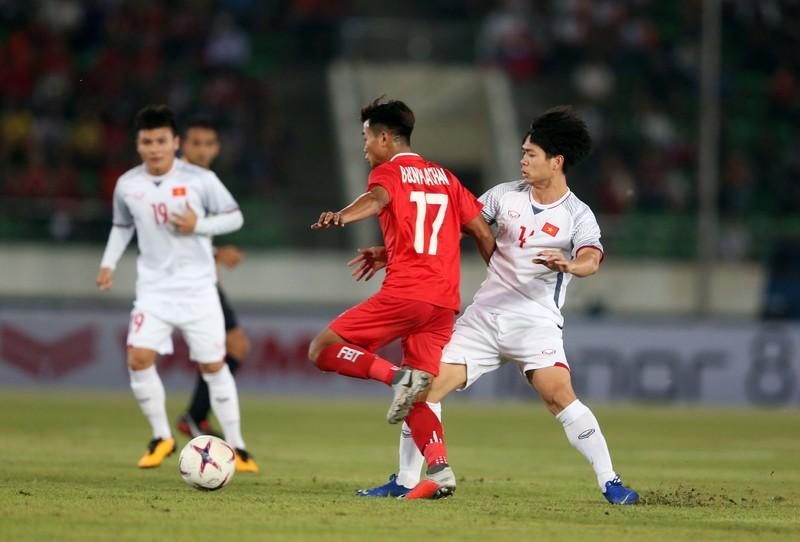 Thắng đậm Lào, Việt Nam khởi đầu mỹ mãn tại AFF Cup 2018 - ảnh 1