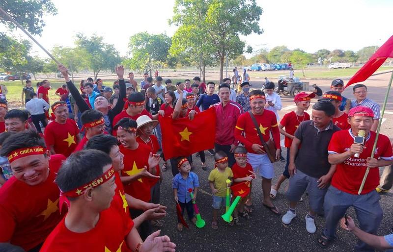 Thắng đậm Lào, Việt Nam khởi đầu mỹ mãn tại AFF Cup 2018 - ảnh 37