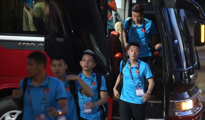 Thắng đậm Lào, Việt Nam khởi đầu mỹ mãn tại AFF Cup 2018 - ảnh 22