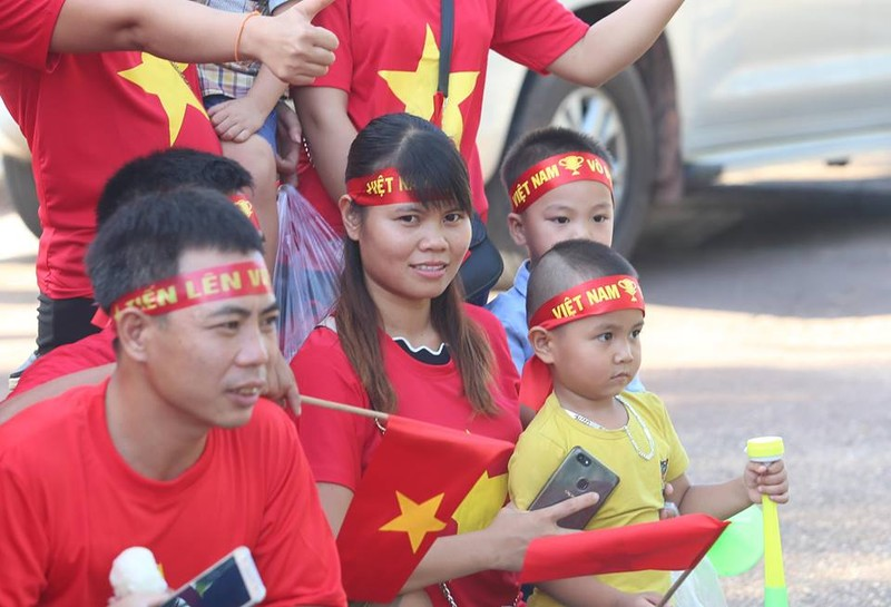 Thắng đậm Lào, Việt Nam khởi đầu mỹ mãn tại AFF Cup 2018 - ảnh 29