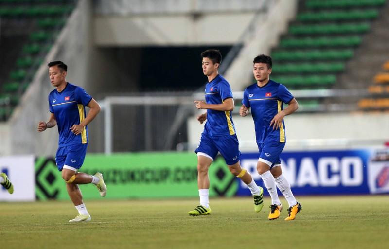 Thắng đậm Lào, Việt Nam khởi đầu mỹ mãn tại AFF Cup 2018 - ảnh 13