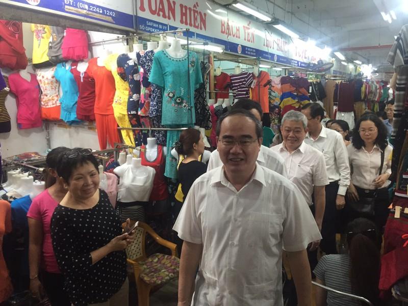 Bí thư Nguyễn Thiện Nhân thị sát chợ An Đông  - ảnh 3