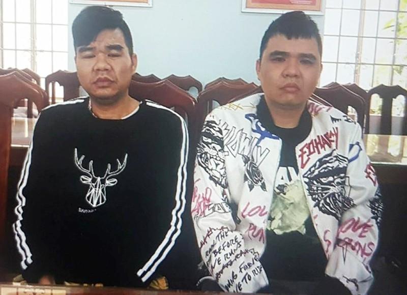 Bắt 2 anh em người Trung Quốc bị truy nã đặc biệt  - ảnh 1