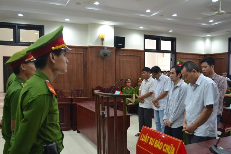 Vụ công an đánh chết người ở Phú Yên: Người kêu oan được giảm 3 năm tù - ảnh 1