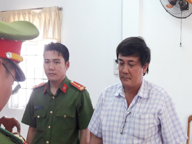 'Bắt 2 cán bộ Cà Mau không liên quan vụ kiện Chủ tịch tỉnh' - ảnh 2