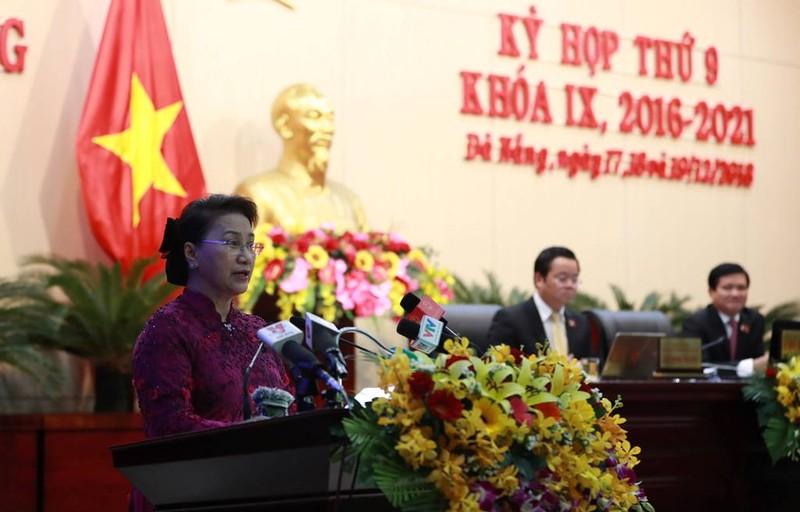 Chủ tịch Quốc hội gợi hướng phát triển cho Đà Nẵng - ảnh 1