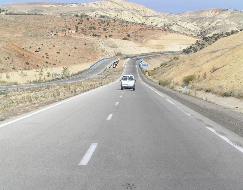 Đường cao tốc A2 dẫn đến Fès.
