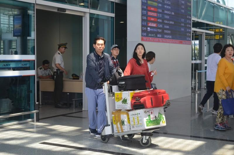Đà Nẵng tăng 'nóng' du khách Hàn, Trung - ảnh 1