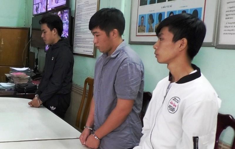 3 sinh viên lừa đảo hơn 2 tỉ đồng - ảnh 1