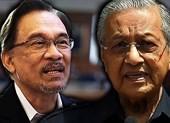 Ông Mahathir sẽ giao ghế thủ tướng cho ông Anwar 1-2 năm nữa