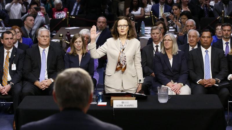 Bà Gina Haspel tuyên thệ trước phiên điều trần tại Ủy ban Tình báo Thượng viện Mỹ ngày 9-5. Ảnh: AP