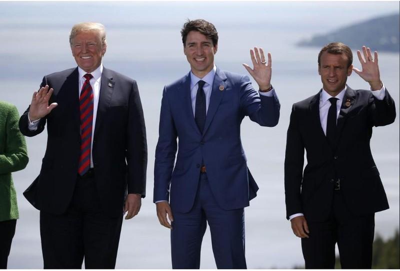 (Từ trái sang): Tổng thống Mỹ Donald Trump, Thủ tướng Canada Justin Trudeau, Tổng thống Pháp Emmanuel Marcon tại hội nghị G7 ở TP La Malbaie, Quebec (Canada) ngày 8-6. Ảnh: REUTERS
