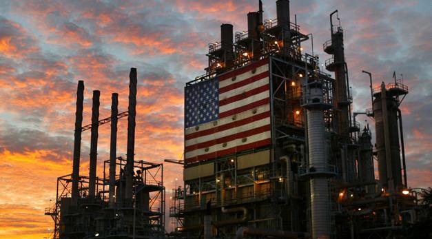 Một nhà máy dầu khí ở Mỹ. Ảnh: OIL AND GAS PEOPLE