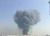 Nổ lớn, cháy dữ dội tại nhà kho hóa chất Trung Quốc