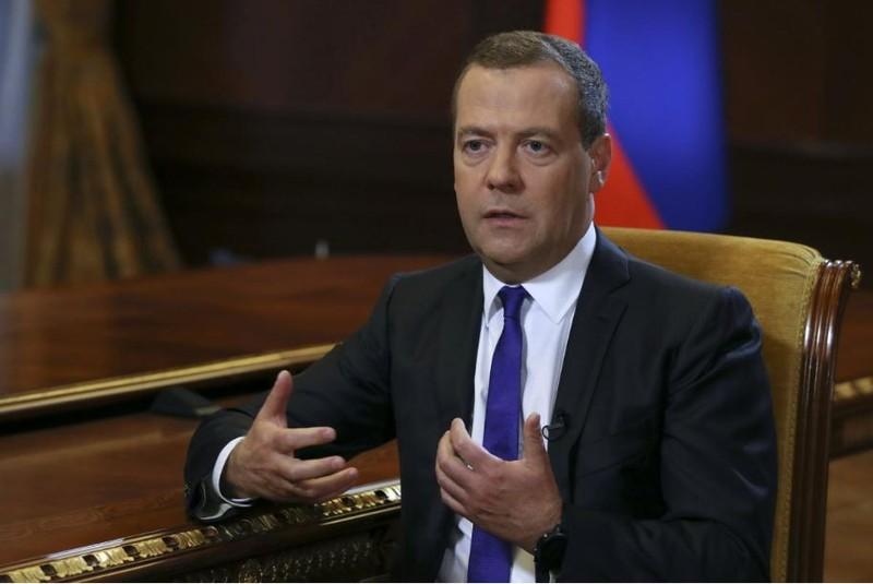 Thủ tướng Nga Dmitry Medvedev cảnh báo Nga sẵn sàng chiến tranh kinh tế với Mỹ. Ảnh: REUTERS