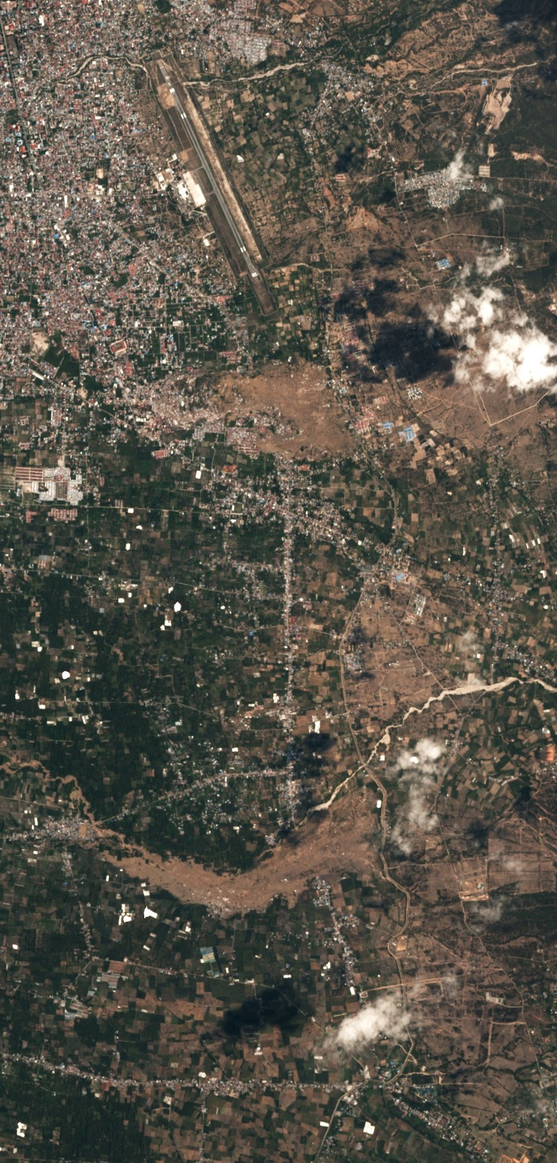 Chùm ảnh vệ tinh chụp Palu trước và sau động đất, sóng thần - ảnh 9