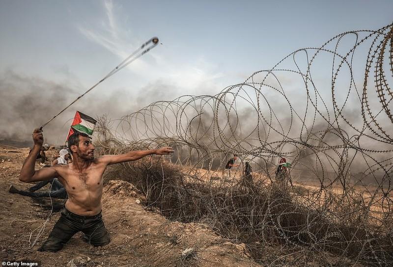Israel triển khai 60 xe tăng, xe bọc thép đến biên giới Gaza - ảnh 5