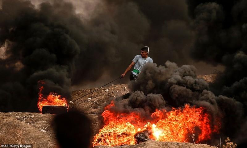 Israel triển khai 60 xe tăng, xe bọc thép đến biên giới Gaza - ảnh 6