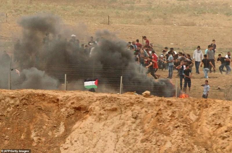 Israel triển khai 60 xe tăng, xe bọc thép đến biên giới Gaza - ảnh 8