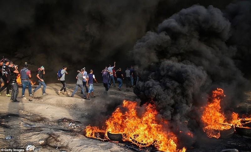 Israel triển khai 60 xe tăng, xe bọc thép đến biên giới Gaza - ảnh 4