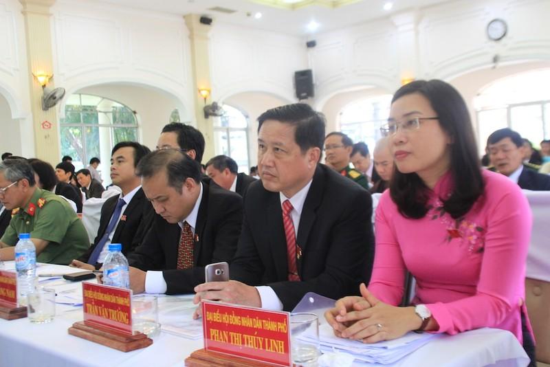 Nhiều cán bộ chủ chốt Đà Nẵng đồng loạt nghỉ hưu - ảnh 2