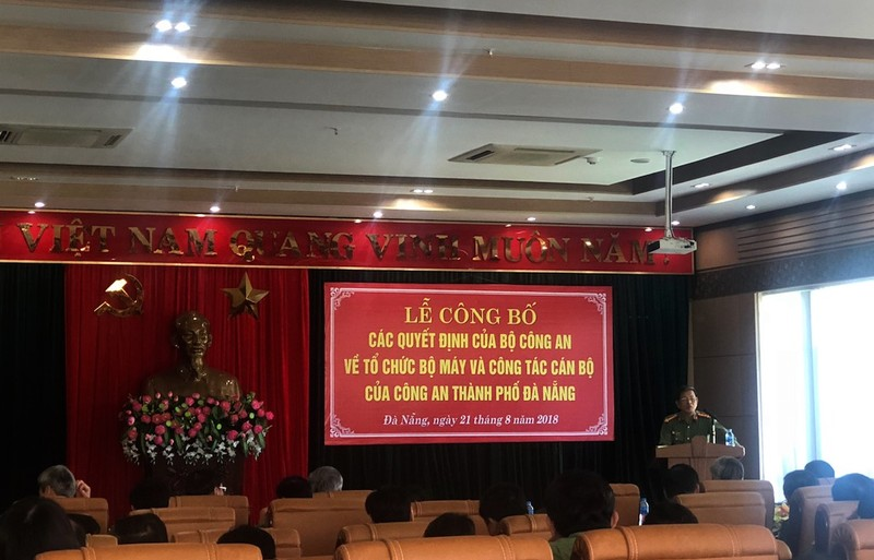 10 lãnh đạo công an cấp phòng ở Đà Nẵng xin nghỉ hưu sớm - ảnh 1
