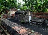 Cận cảnh mộ cổ gần 200 năm đang xuống cấp ở Sài Gòn