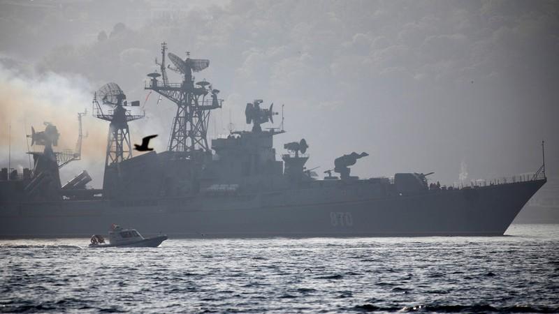 Tàu chiến Nga mang tên lửa sẽ trực chiến 24/7 ở Địa Trung Hải - ảnh 1
