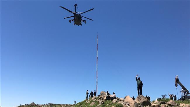 Liên quân Mỹ điều trực thăng sơ tán 2 chỉ huy IS ở Syria - ảnh 1
