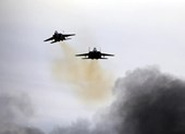 Bị dội tên lửa, Israel không kích đáp trả Hamas