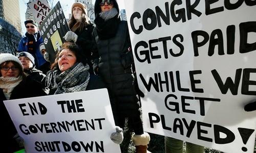Mỹ lập 'kỷ lục' mới về thời gian đóng cửa chính phủ - ảnh 1