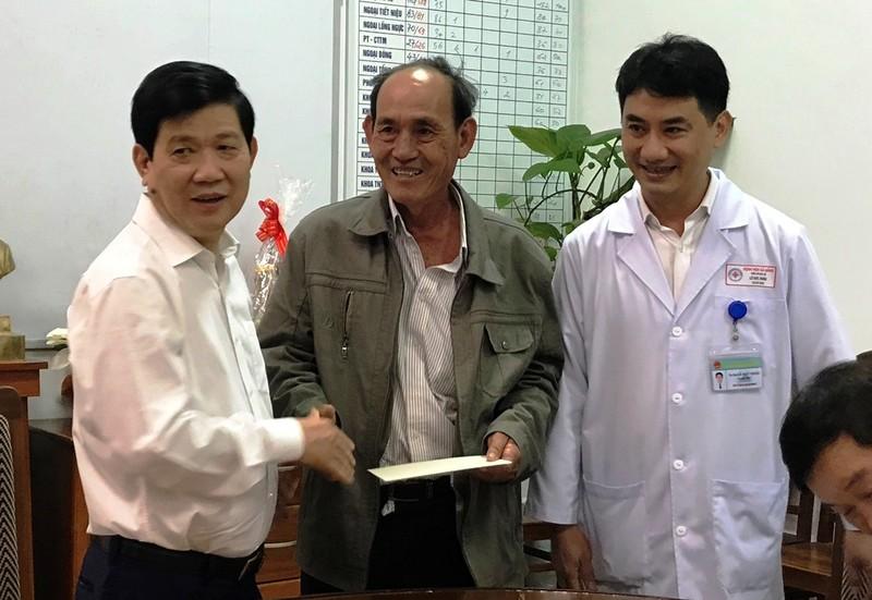Thứ trưởng Bộ Công an thăm sinh viên bị nạn trên đèo Hải Vân - ảnh 1