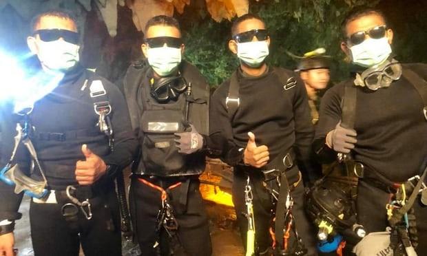 Bốn đặc nhiệm hải quân Thái Lan (Thai Navy SEALs) cuối cùng ra khỏi hang động Tham Luang, sau khi toàn bộ 13 thành viên đội bóng được cứu hết ra khỏi hang động. Ảnh: ROYAL THAI NAVY