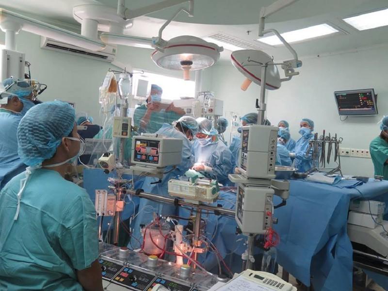 Hành trình đưa trái tim vượt 700 km để ghép cho bệnh nhân - ảnh 5