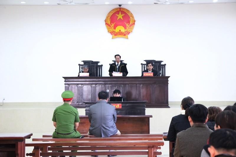 Xét xử vụ nhắn tin doạ giết chủ tịch Đà Nẵng - ảnh 1