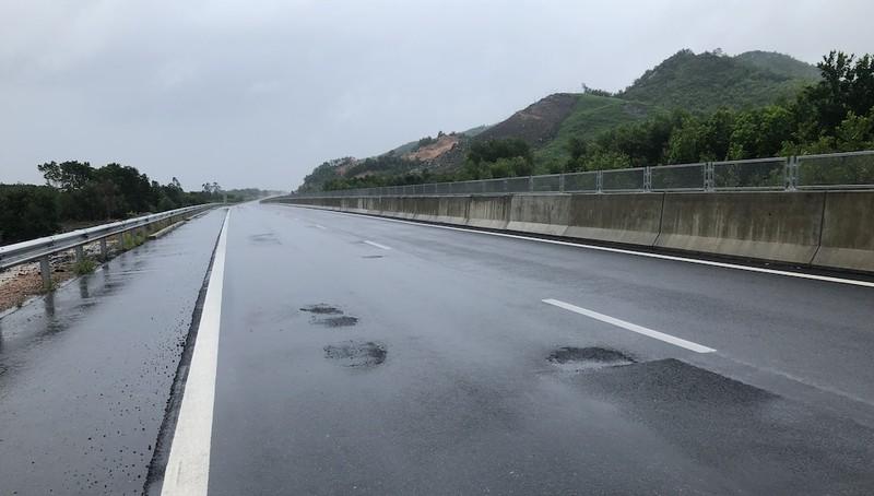 Vá không đúng, cao tốc Đà Nẵng-Quảng Ngãi sẽ hư tiếp - ảnh 3