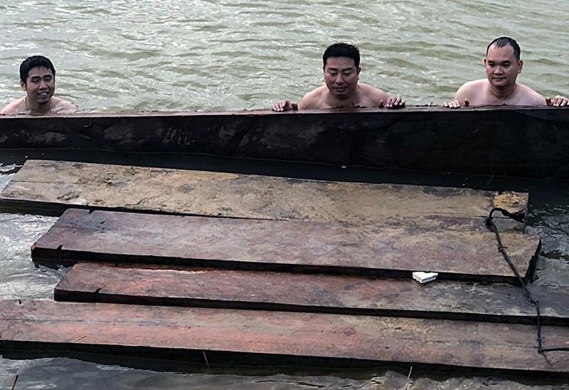 Bắt liên tiếp 2 vụ vận chuyển gỗ lậu ở Quảng Nam - ảnh 1