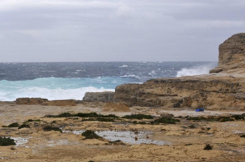 Vòm đá Azure Window đổ sập xuống biển - ảnh 1