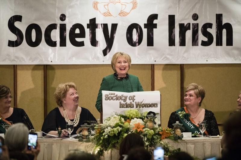 Bà Clinton tuyên bố ngừng ẩn dật, sẵn sàng trở lại - ảnh 1