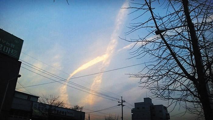 Đám mây huyền bí xuất hiện khi phà Sewol 'trở về' - ảnh 1