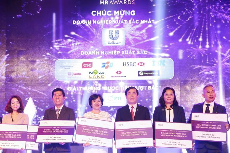 Novaland đoạt 3 giải thưởng tại Việt Nam HR Awards 2016 - ảnh 1