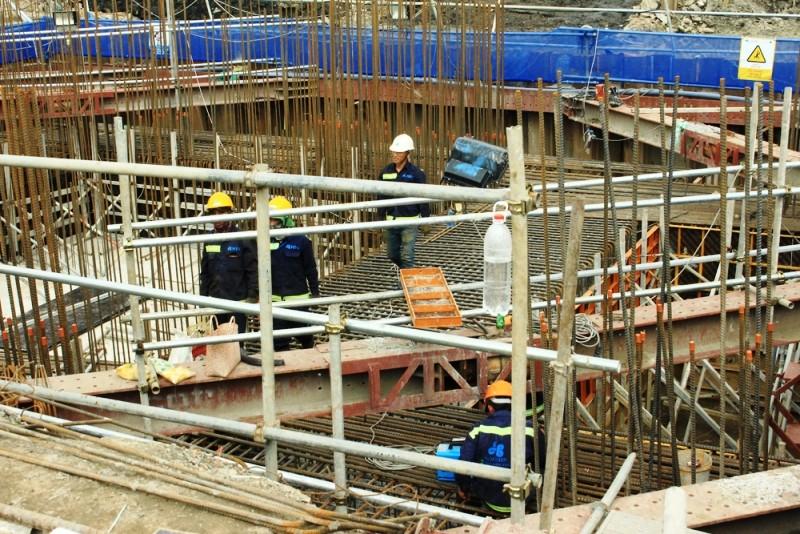 Công nhân xây dựng được bảo hiểm tối thiểu 100 triệu - ảnh 1