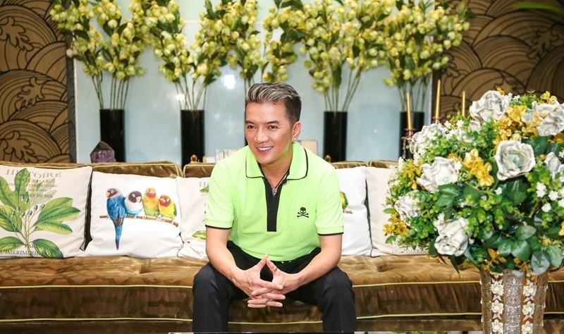 Khám phá biệt thự 3 triệu USD 'siêu' sang của Đàm Vĩnh Hưng - ảnh 1