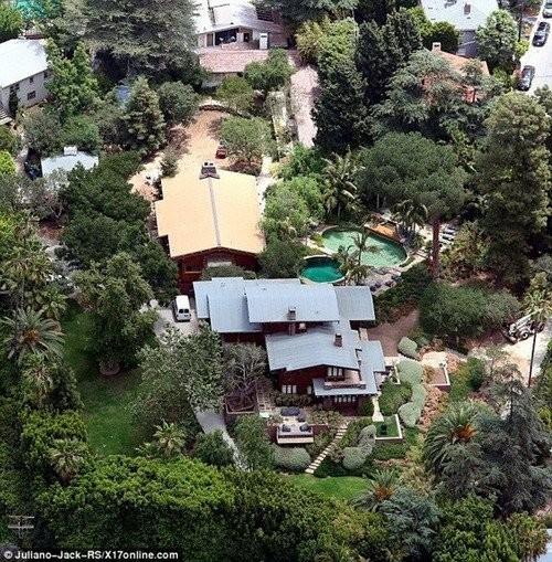 5 biệt thự xa hoa Angelina Jolie - Brad Pitt từng ở - ảnh 5