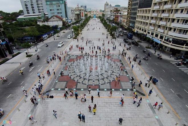 Chân dung 'đại gia' sở hữu gần 1/3 đất vàng Nguyễn Huệ - ảnh 1