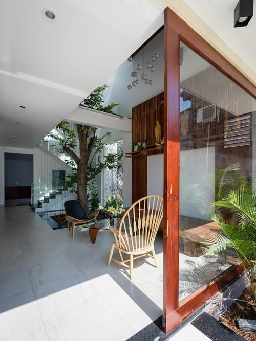 Ngôi nhà ở Đồng Nai nổi bật vì thiết kế lạ mắt - ảnh 7