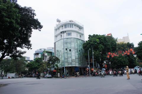 Ngôi nhà 7 tầng đắt bậc nhất Hà Nội của Thủy Top - ảnh 3