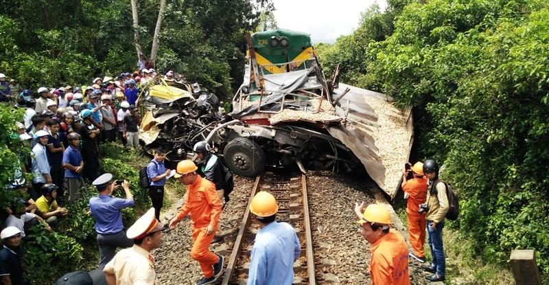 Không đóng chắn, tai nạn đường sắt, 2 người chết  - ảnh 1