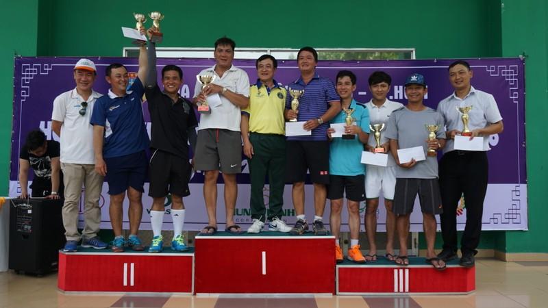 Toà án quận 5 tổ chức Hội thao truyền thống